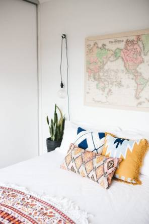 via apartmenttherapy.com // http://www.apartmenttherapy.com/house-tour-an-airy-eclectic-bohemian-australian-home-224392#_